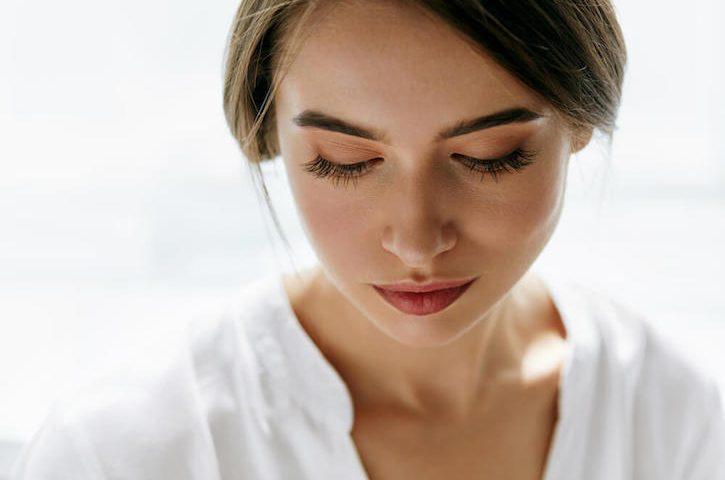 classic makeup looks - rebecca oates